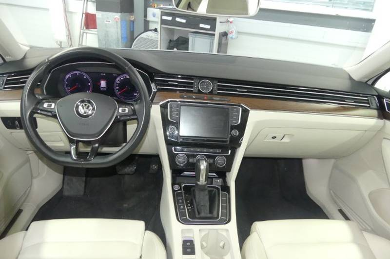 VW Passat Var.2.0 TDI 190 High ...
